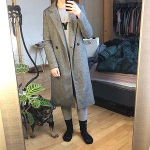 Berksha chevron over coat